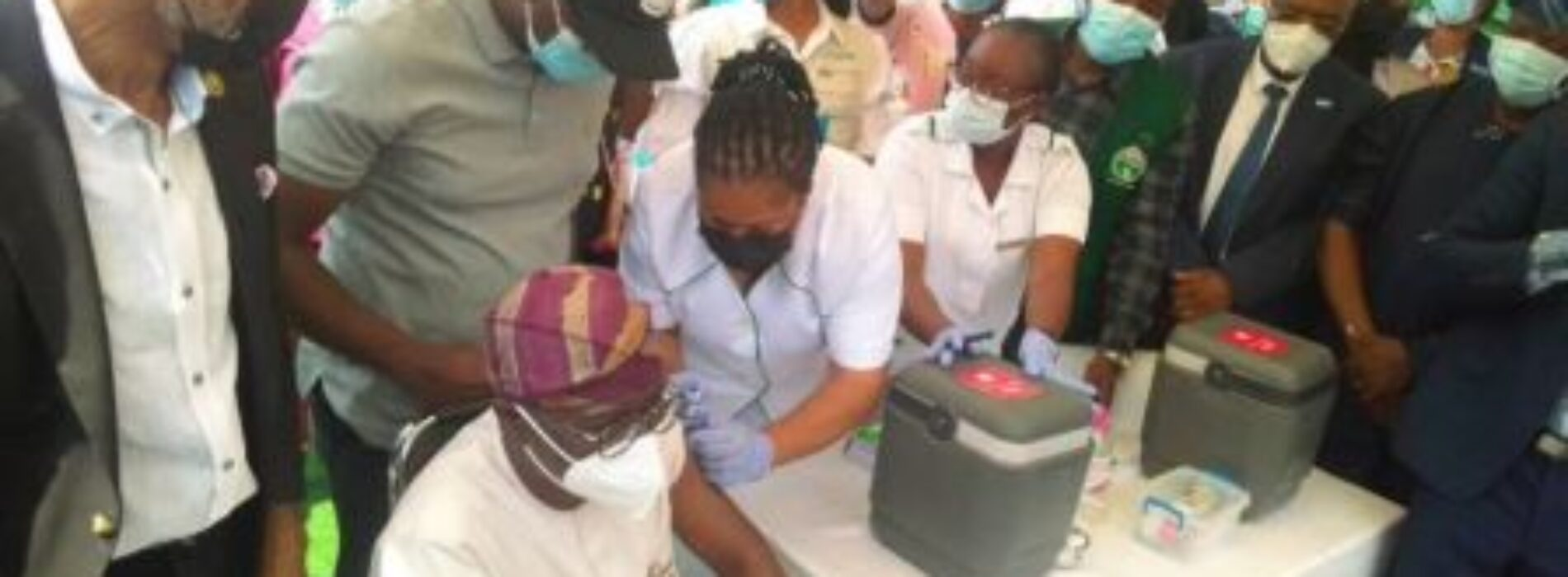 Lagos commences COVID-19 vaccination